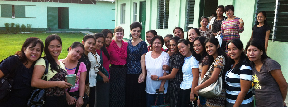Tonya McCormick with Philippine Ladies